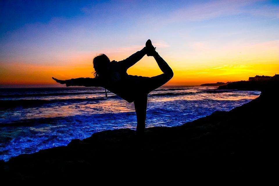 pix夕暮れ近い浜でパワー